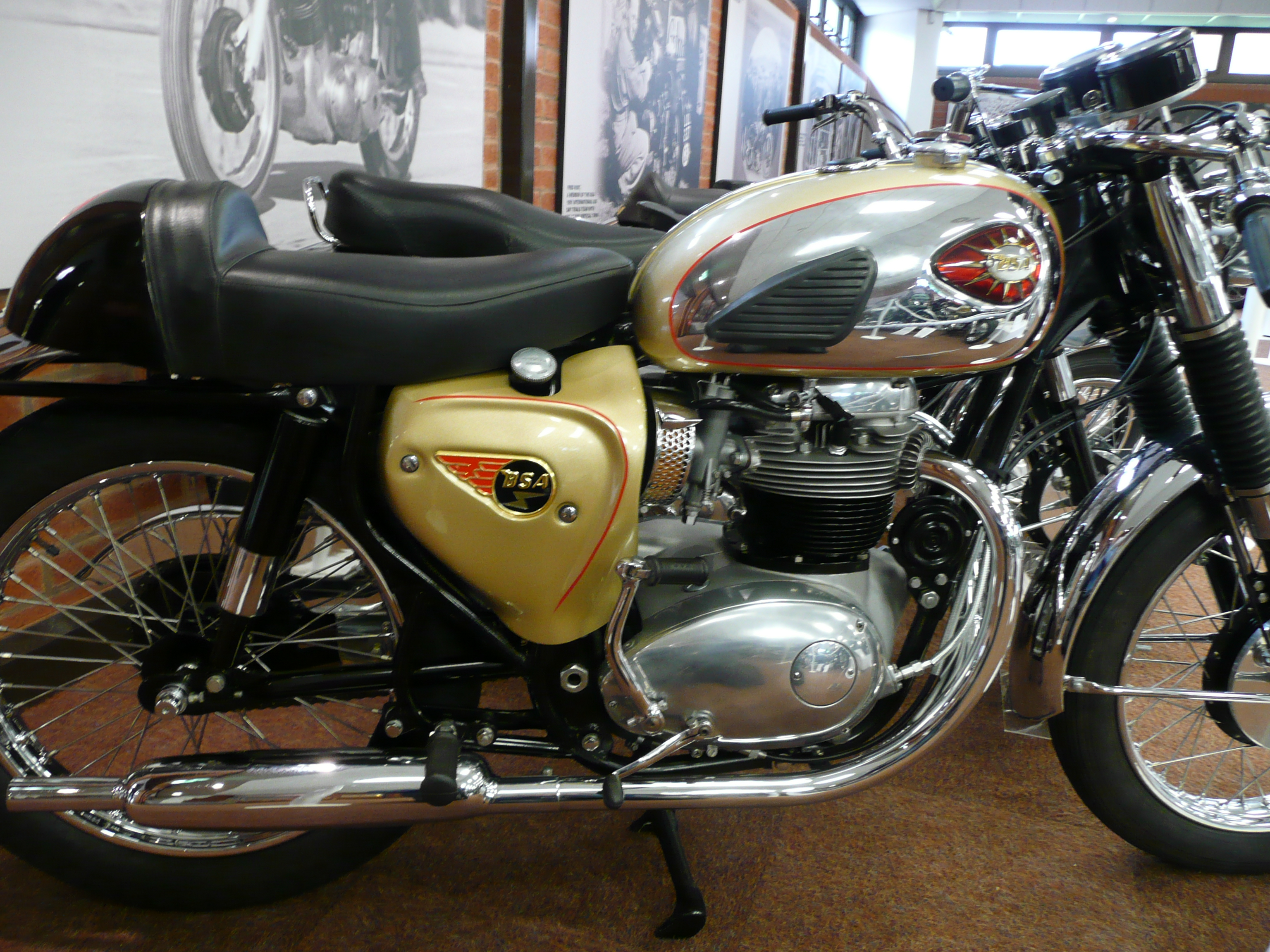 Bsa lightning photo - 2