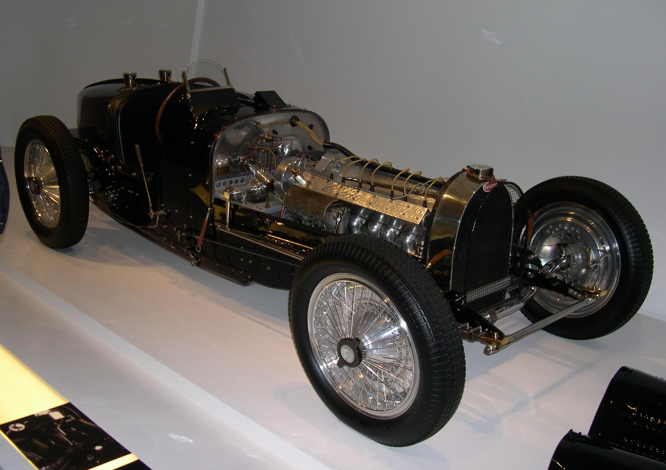 Bugatti type photo - 1