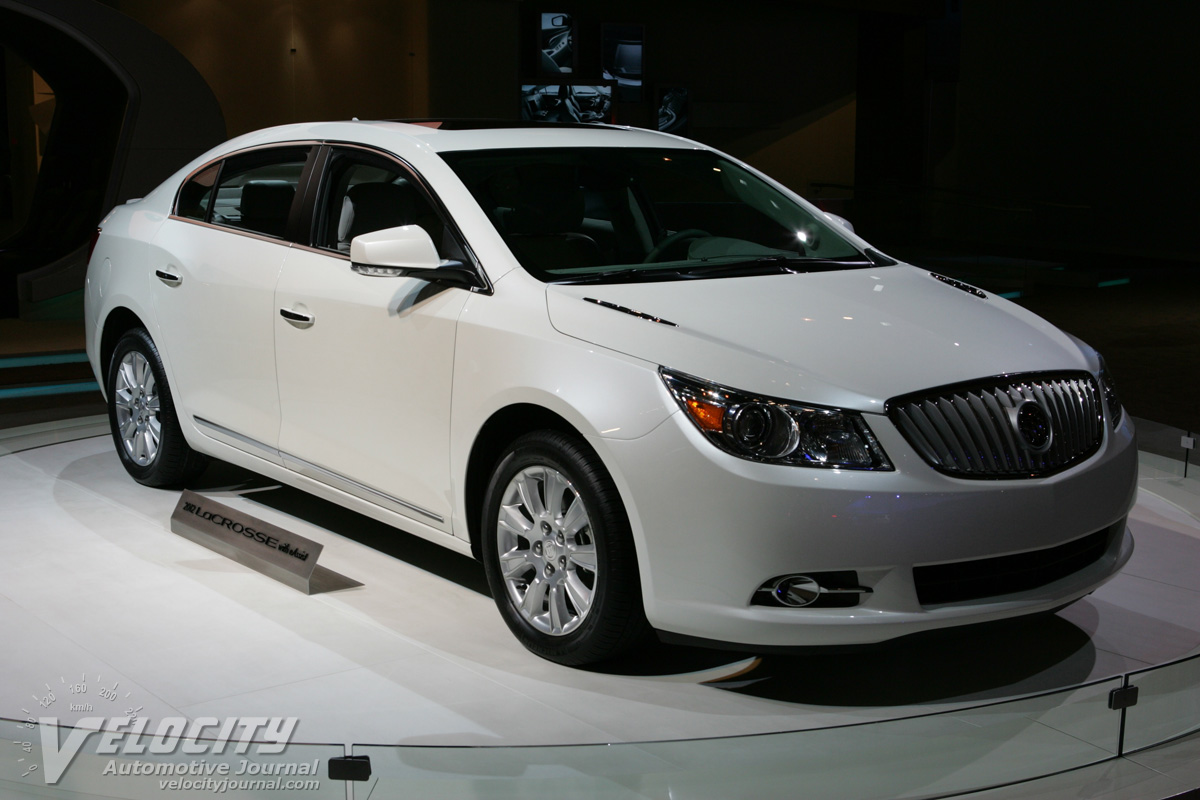 Buick lacrosse photo - 3