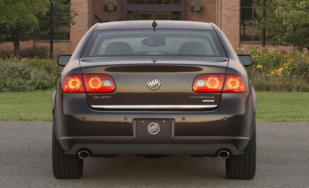 Buick lucerne photo - 4