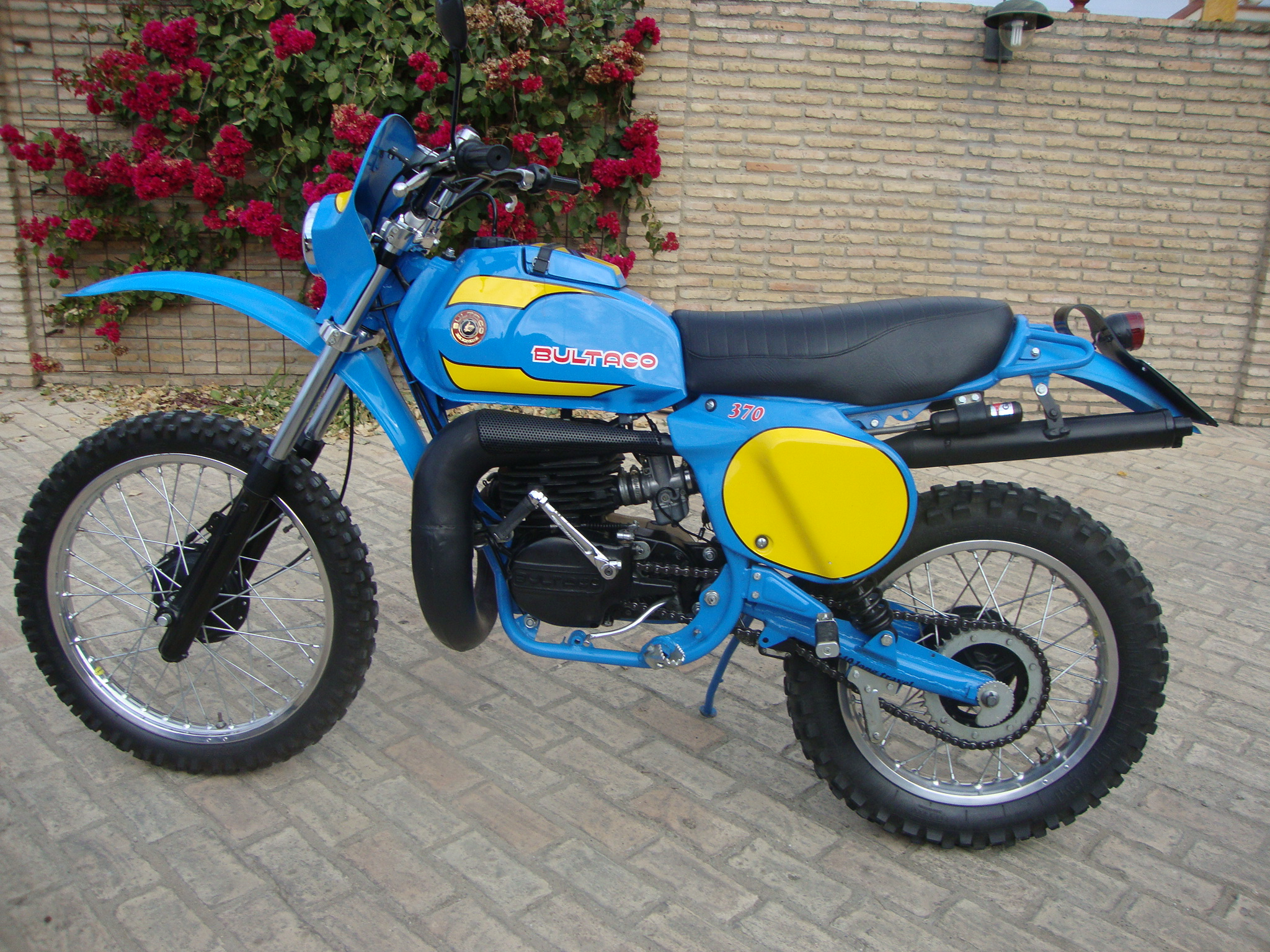 Bultaco frontera photo - 2