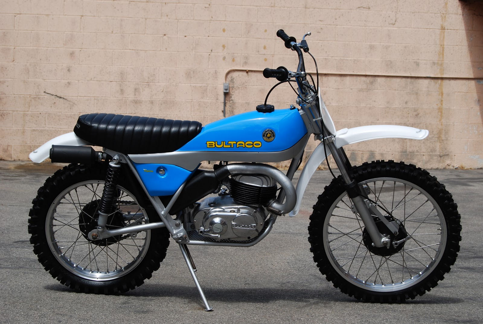Bultaco frontera photo - 3
