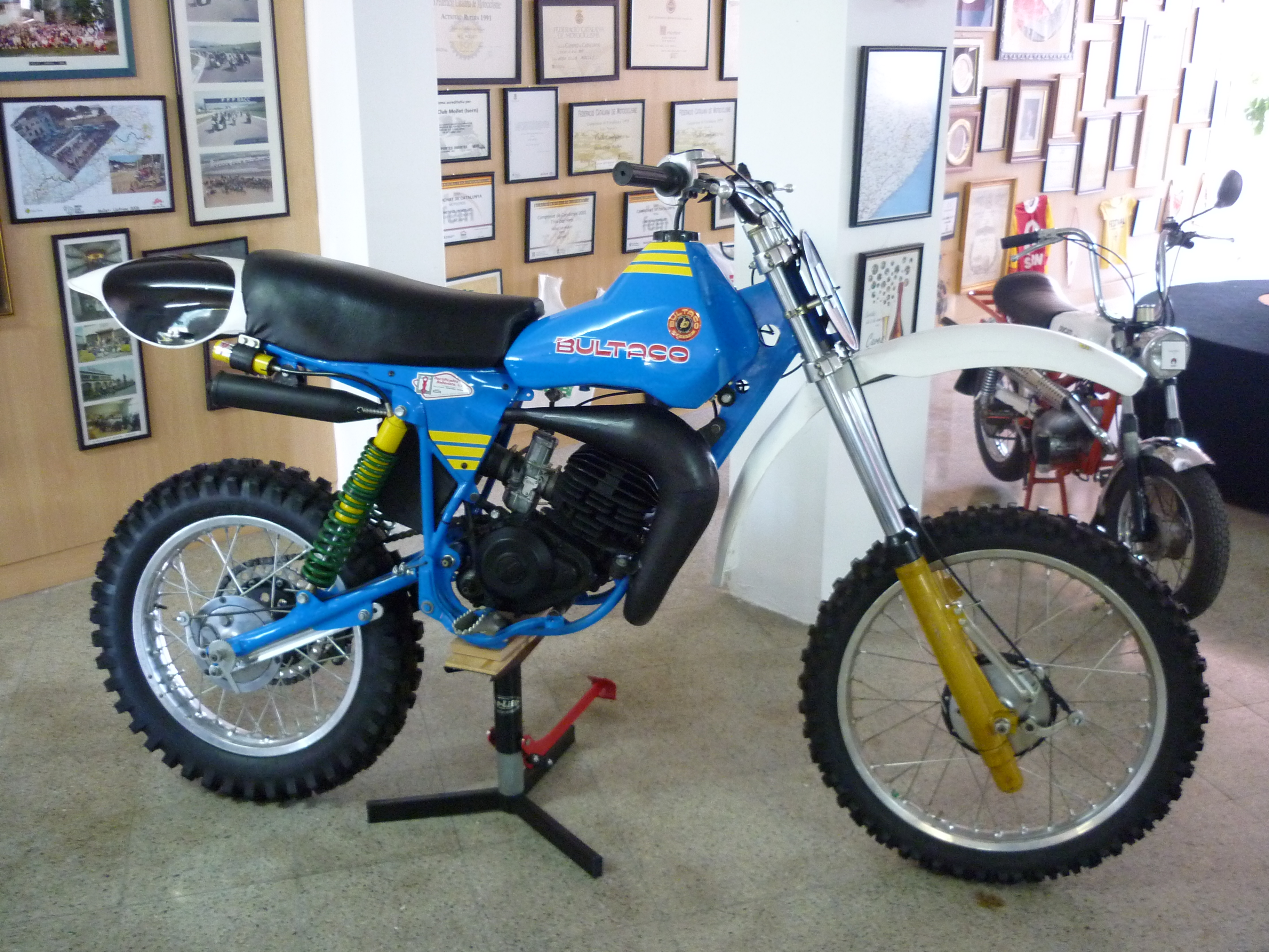 Bultaco pursang photo - 3