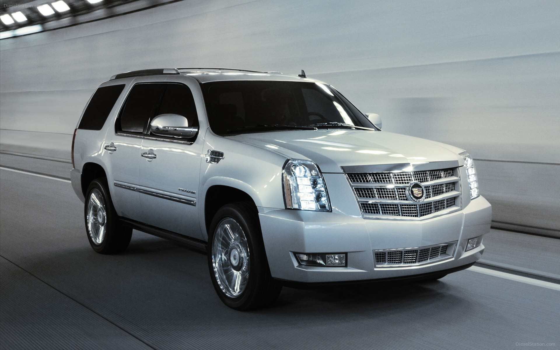 Cadillac escalade photo - 2
