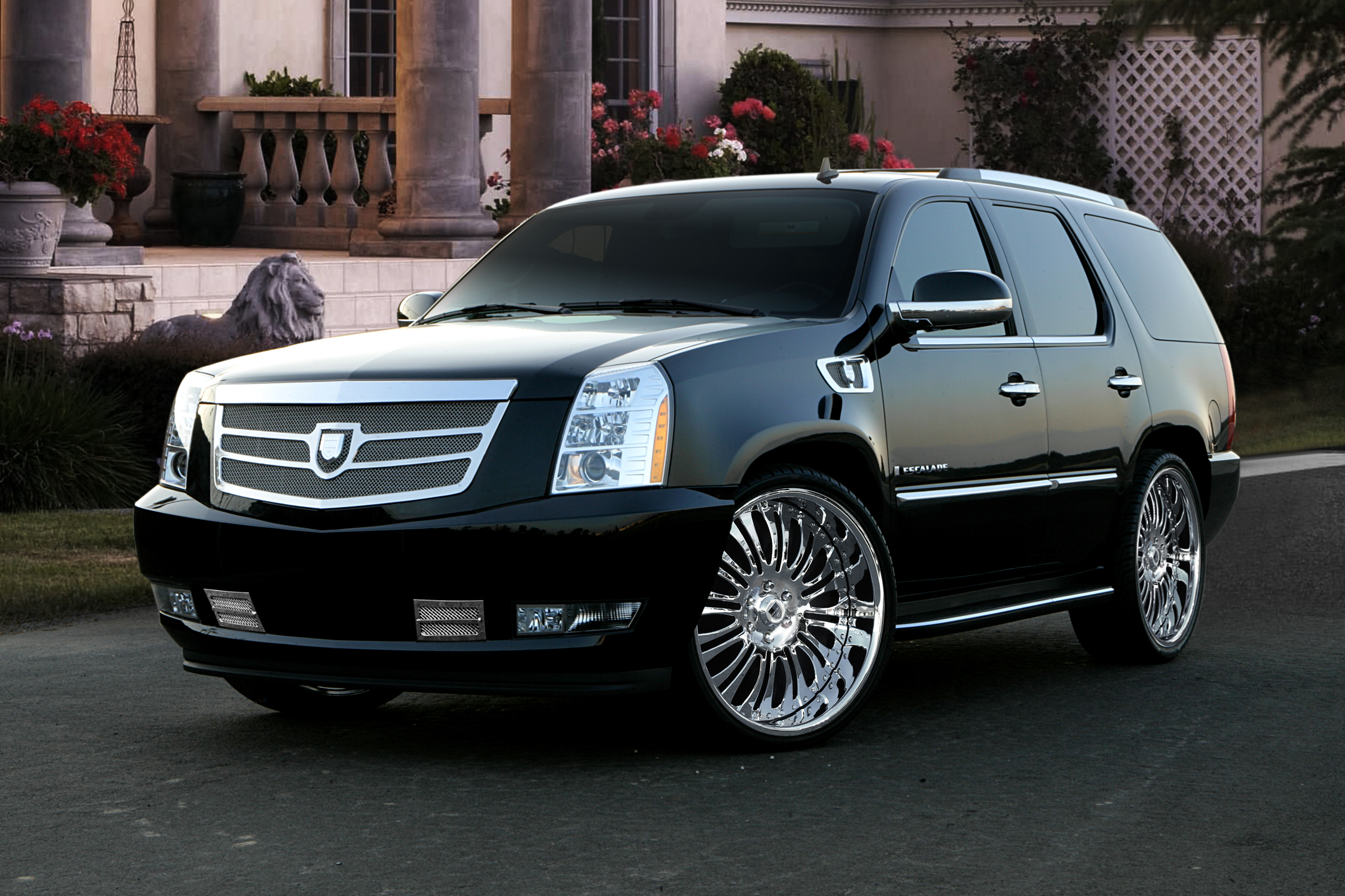 Cadillac escalade photo - 4
