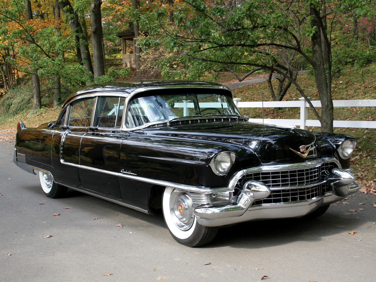 Cadillac fleetwood photo - 4