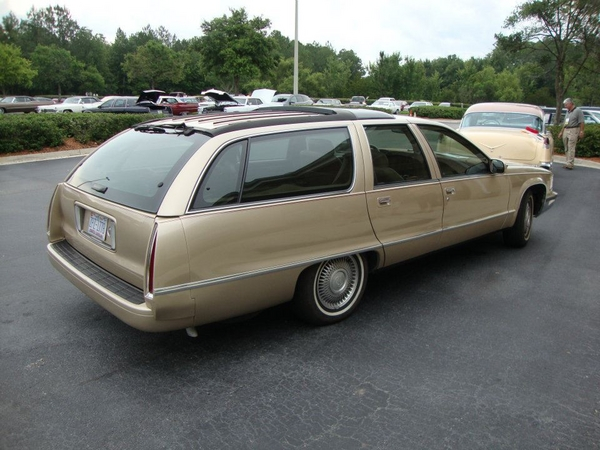 Cadillac wagon photo - 1