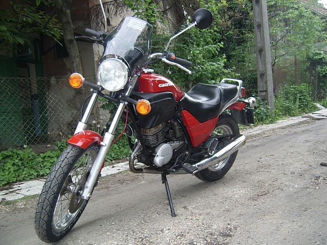 Cagiva roadster photo - 3