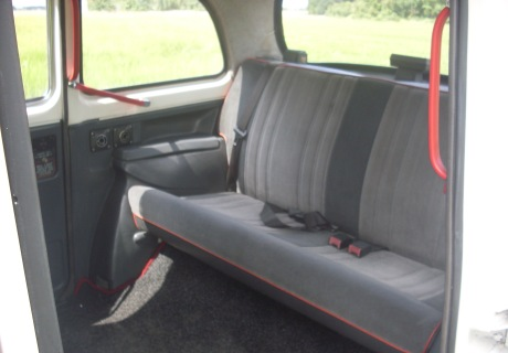 Carbodies taxi photo - 4