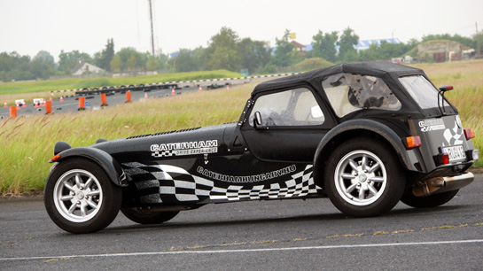 Caterham roadsport photo - 3