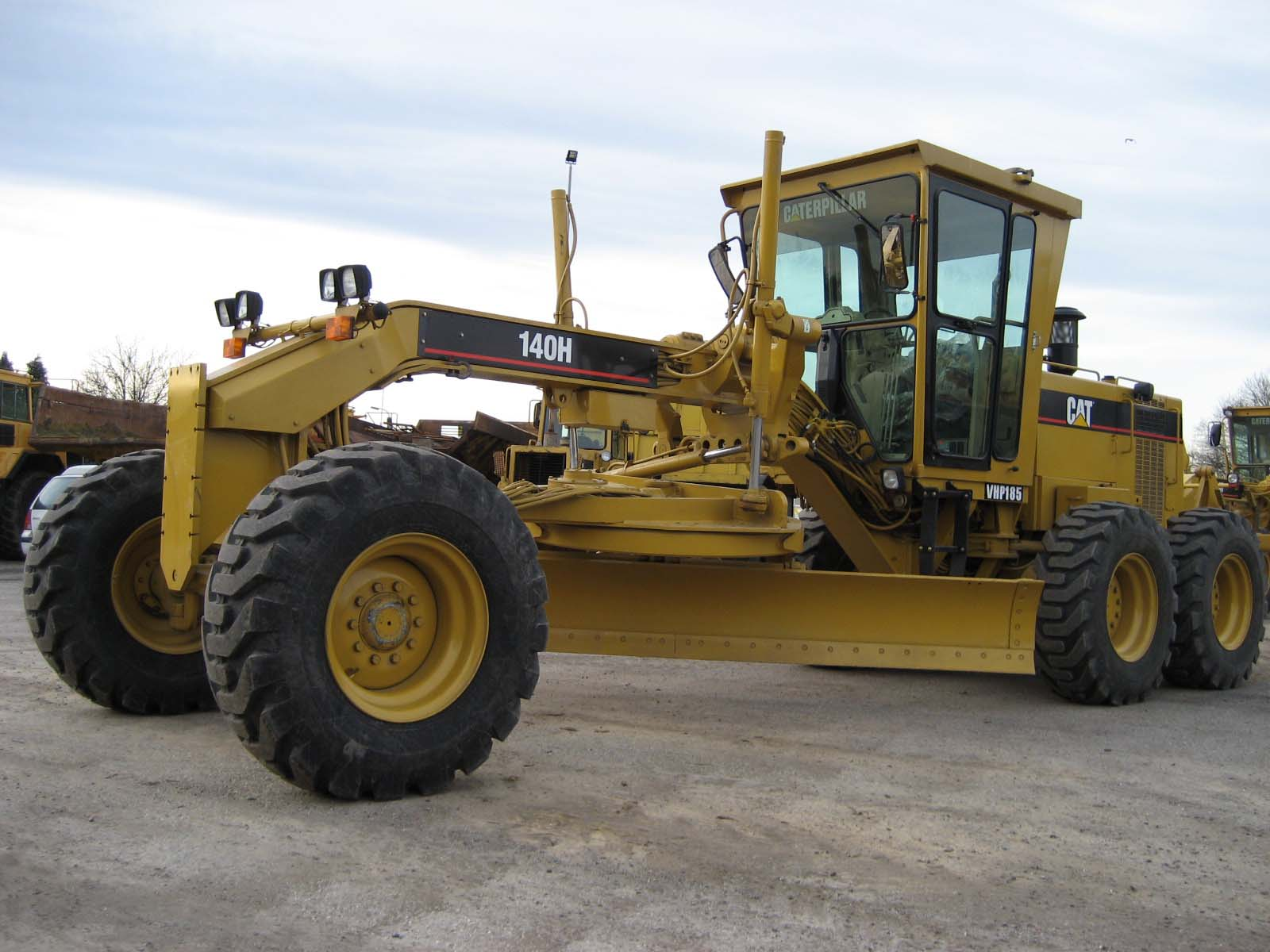 Caterpillar 112f photo - 2
