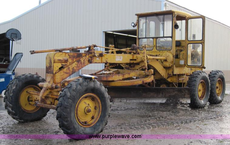 Caterpillar 112f photo - 3
