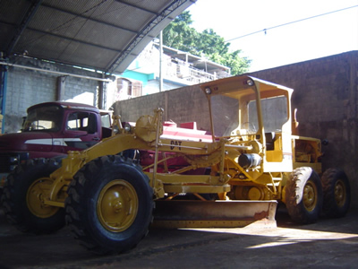 Caterpillar 120b photo - 2