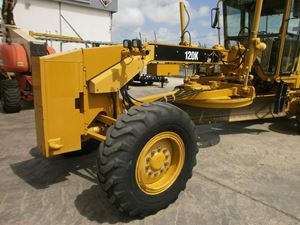 Caterpillar 120h photo - 4