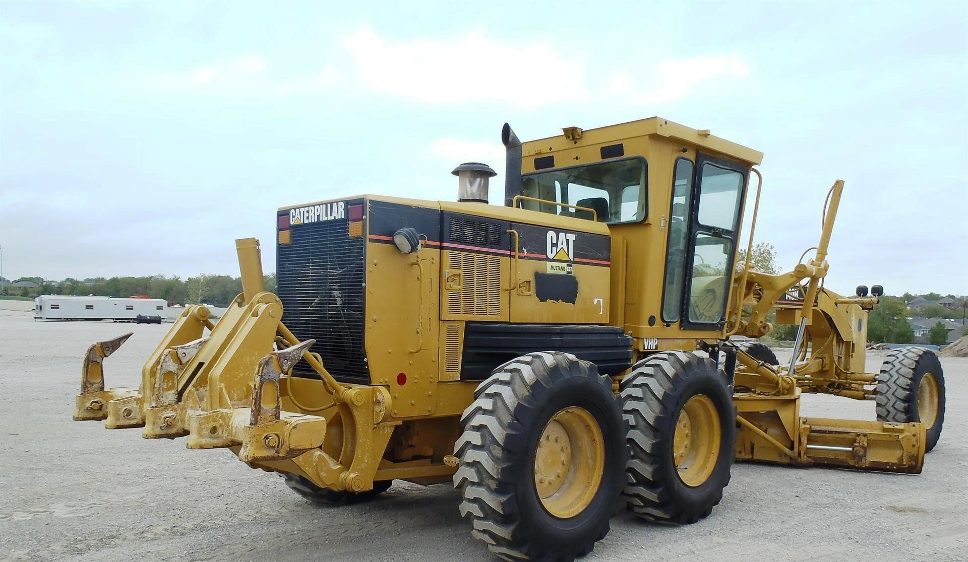 Caterpillar 140h photo - 1