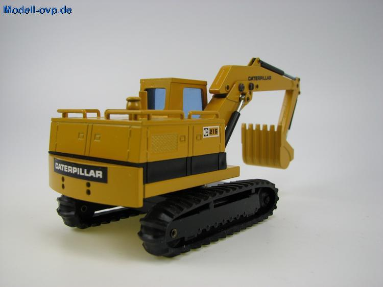 Caterpillar 215 photo - 3