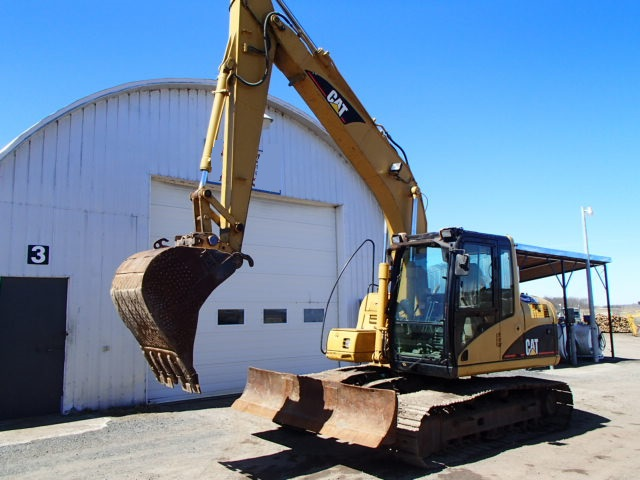 Caterpillar 312cl photo - 2