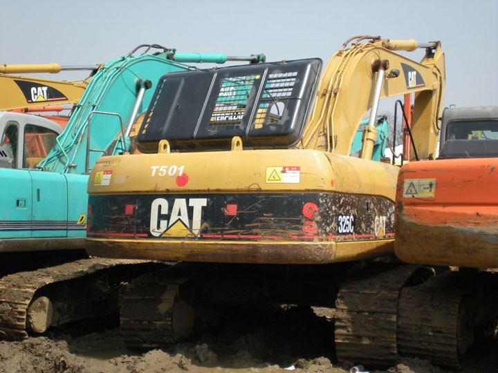 Caterpillar 325c photo - 2