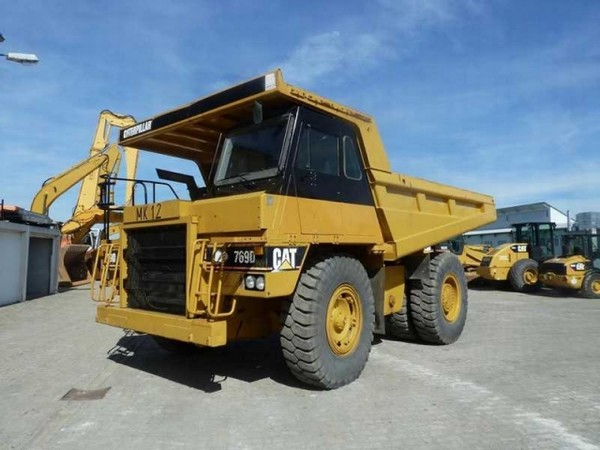 Caterpillar 769 photo - 1