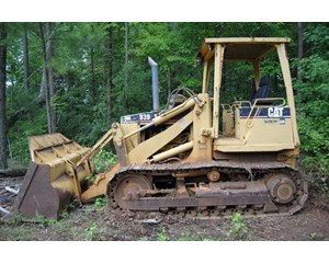 Caterpillar 939 photo - 1