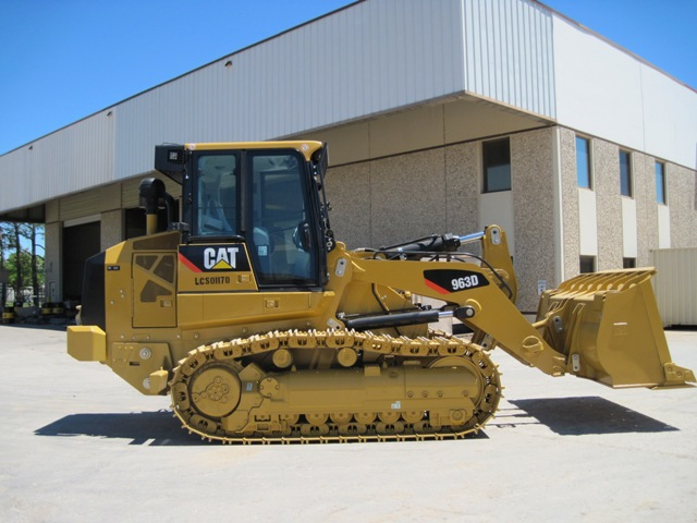 Caterpillar 963 photo - 2