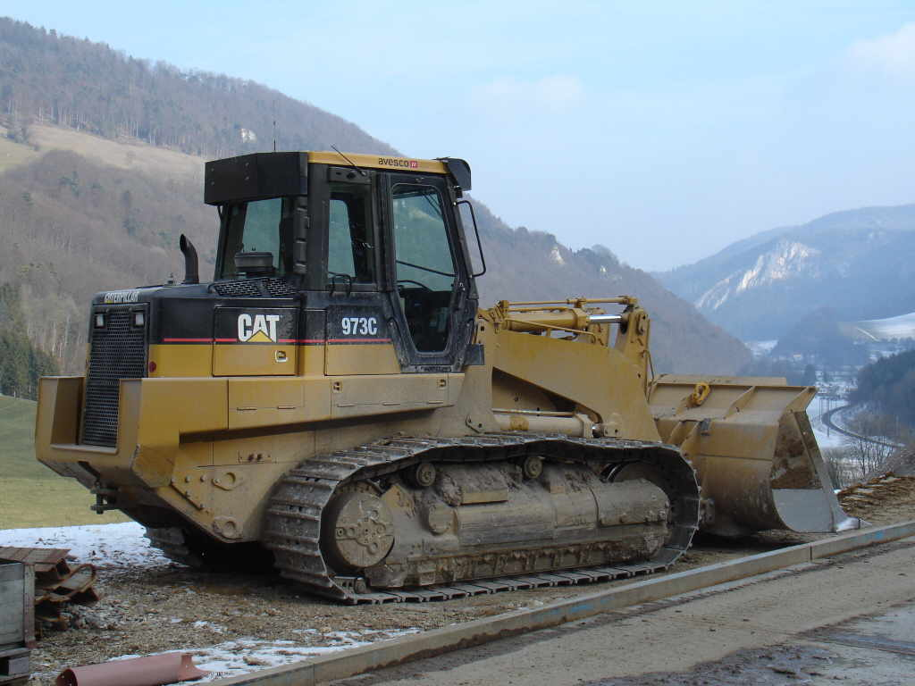 Caterpillar 973 photo - 4