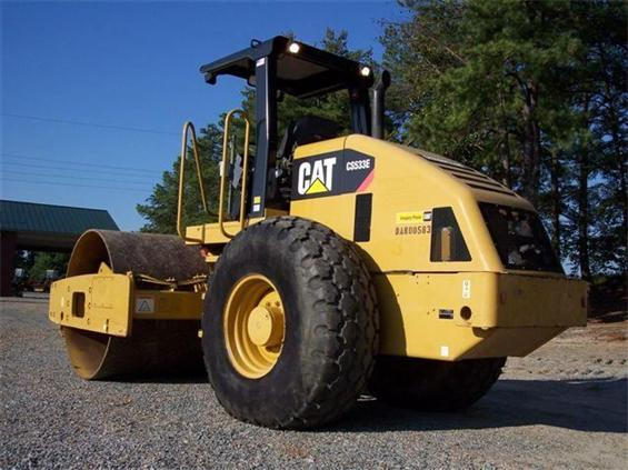 Caterpillar cs-533 photo - 4