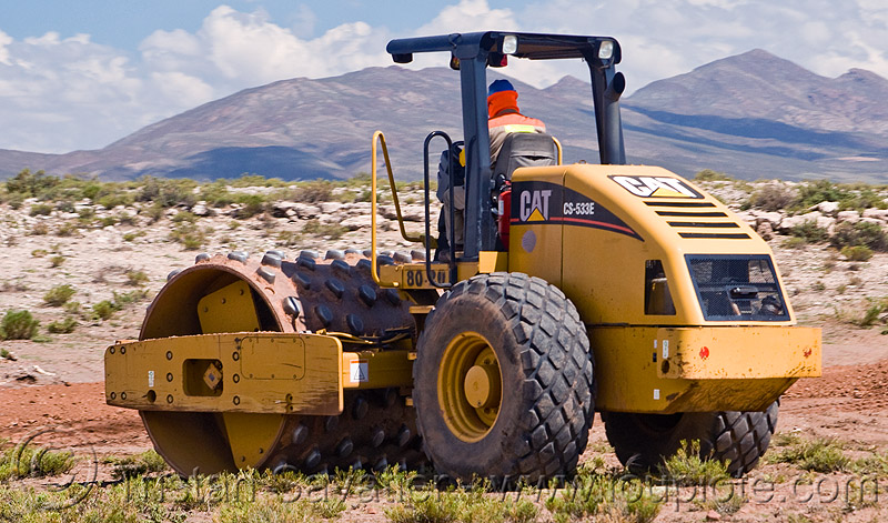 Caterpillar cs-533e photo - 1