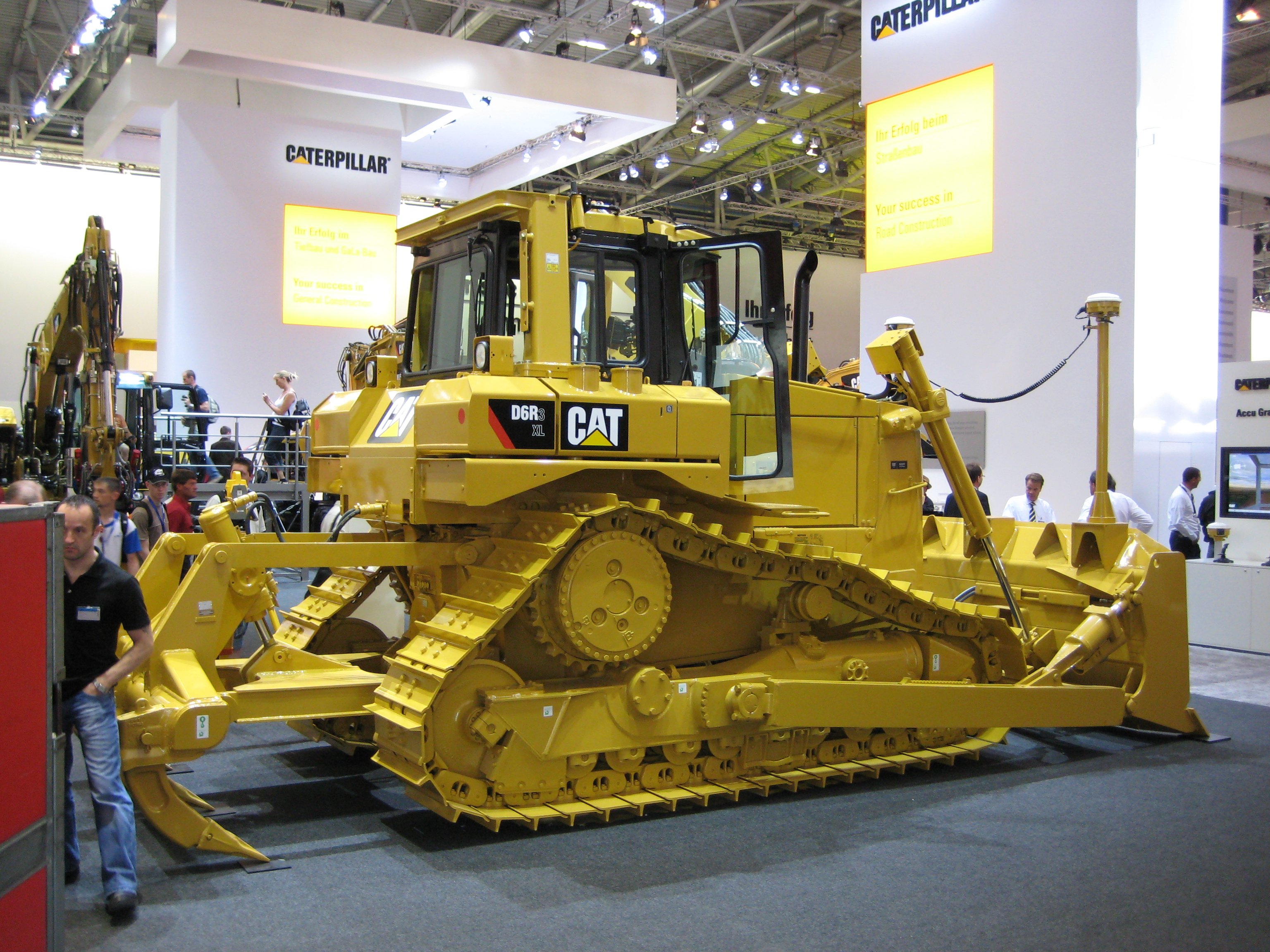 Caterpillar d photo - 4