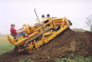 Caterpillar d2 photo - 3