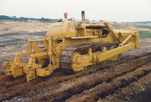 Caterpillar d8 photo - 2