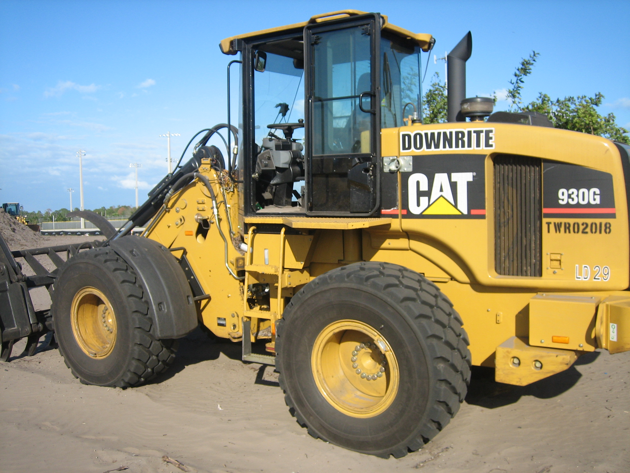 Caterpillar g photo - 1