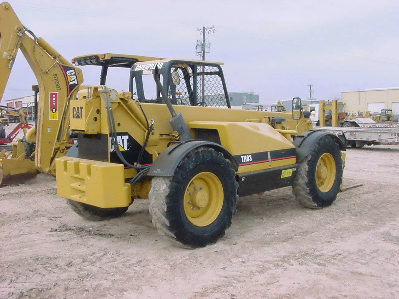 Caterpillar th83 photo - 1