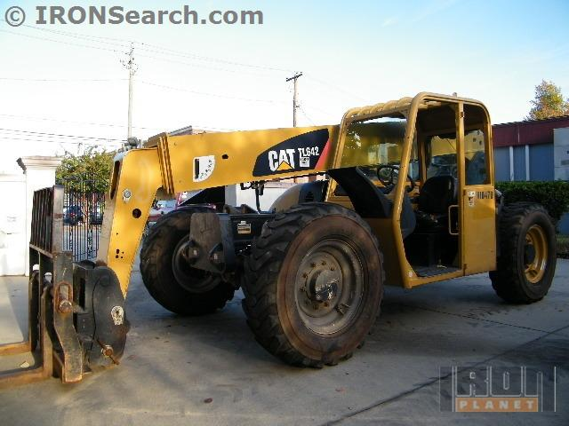 Caterpillar tl642 photo - 2