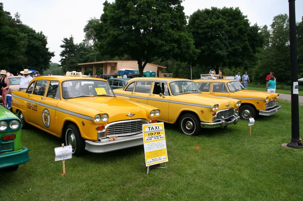 Checker cabs photo - 1