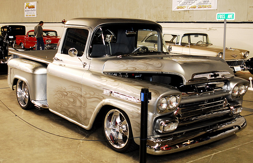 Chevrolet apache photo - 3