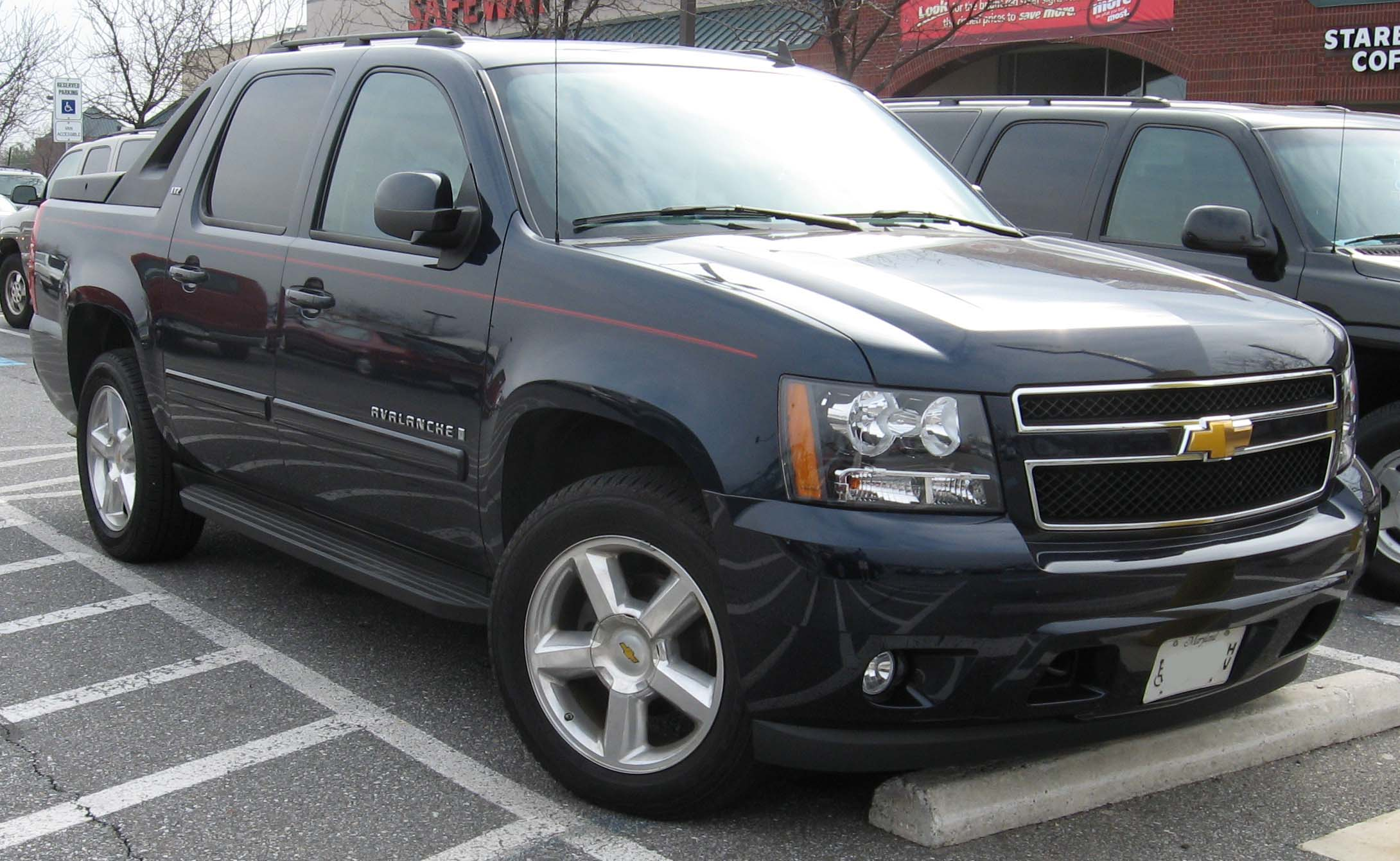 Chevrolet avalanche photo - 1