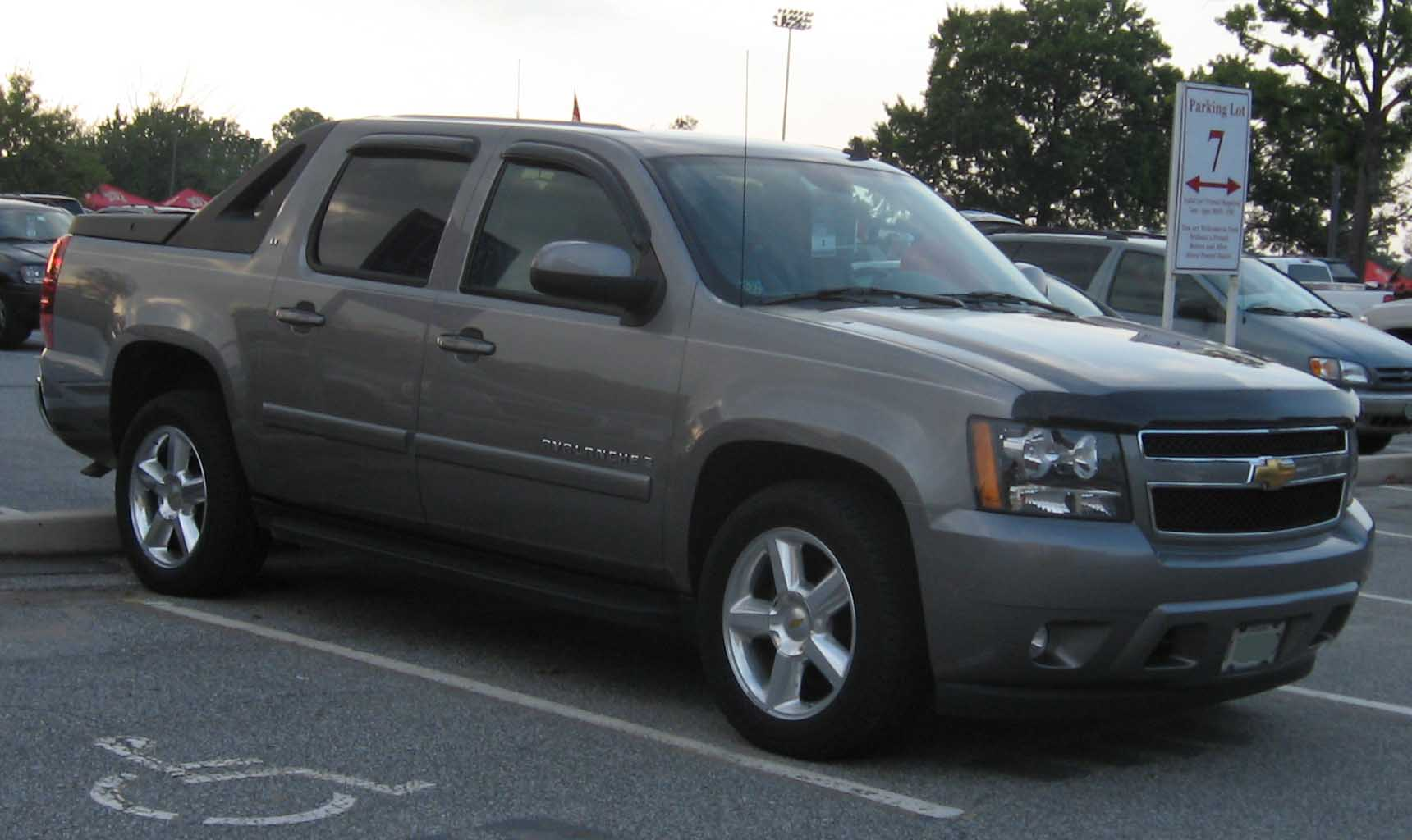 Chevrolet avalanche photo - 2