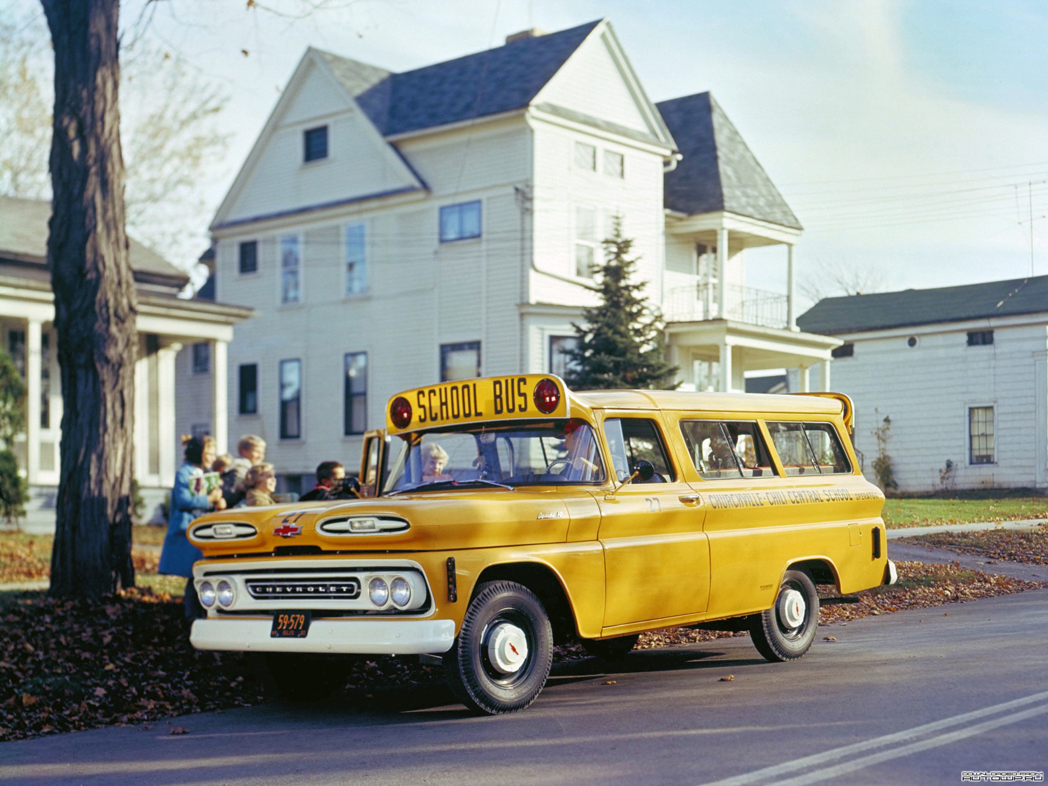 Chevrolet bus photo - 2