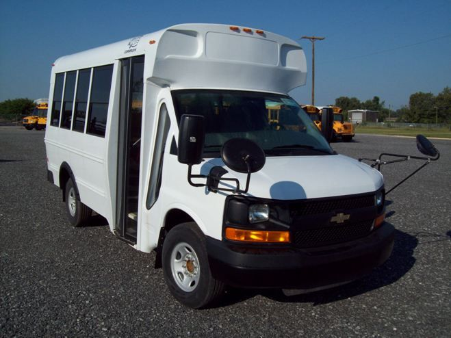 Chevrolet bus photo - 4