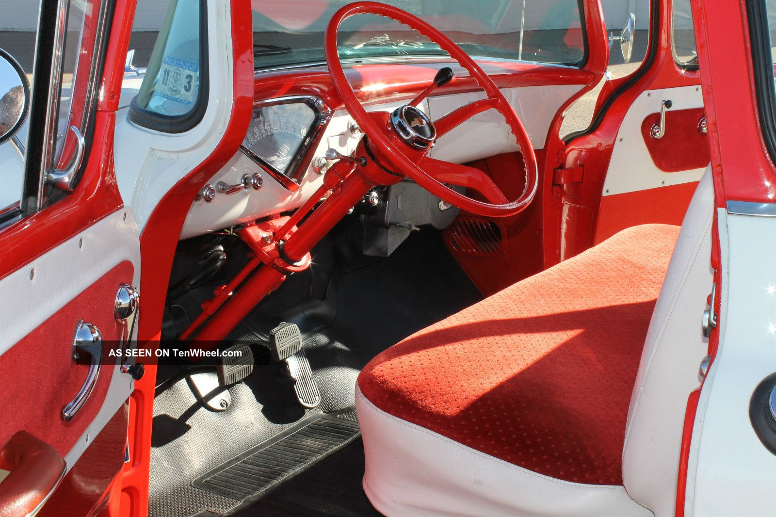 Chevrolet cameo photo - 2