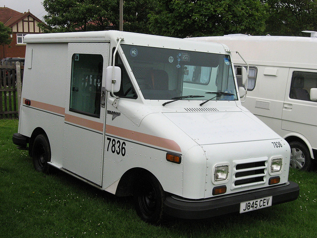 Chevrolet llv photo - 1