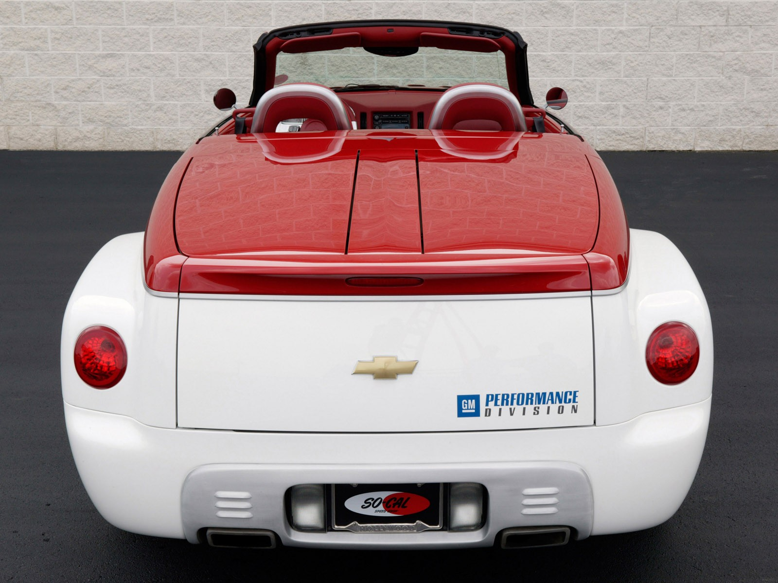 Chevrolet ssr photo - 3