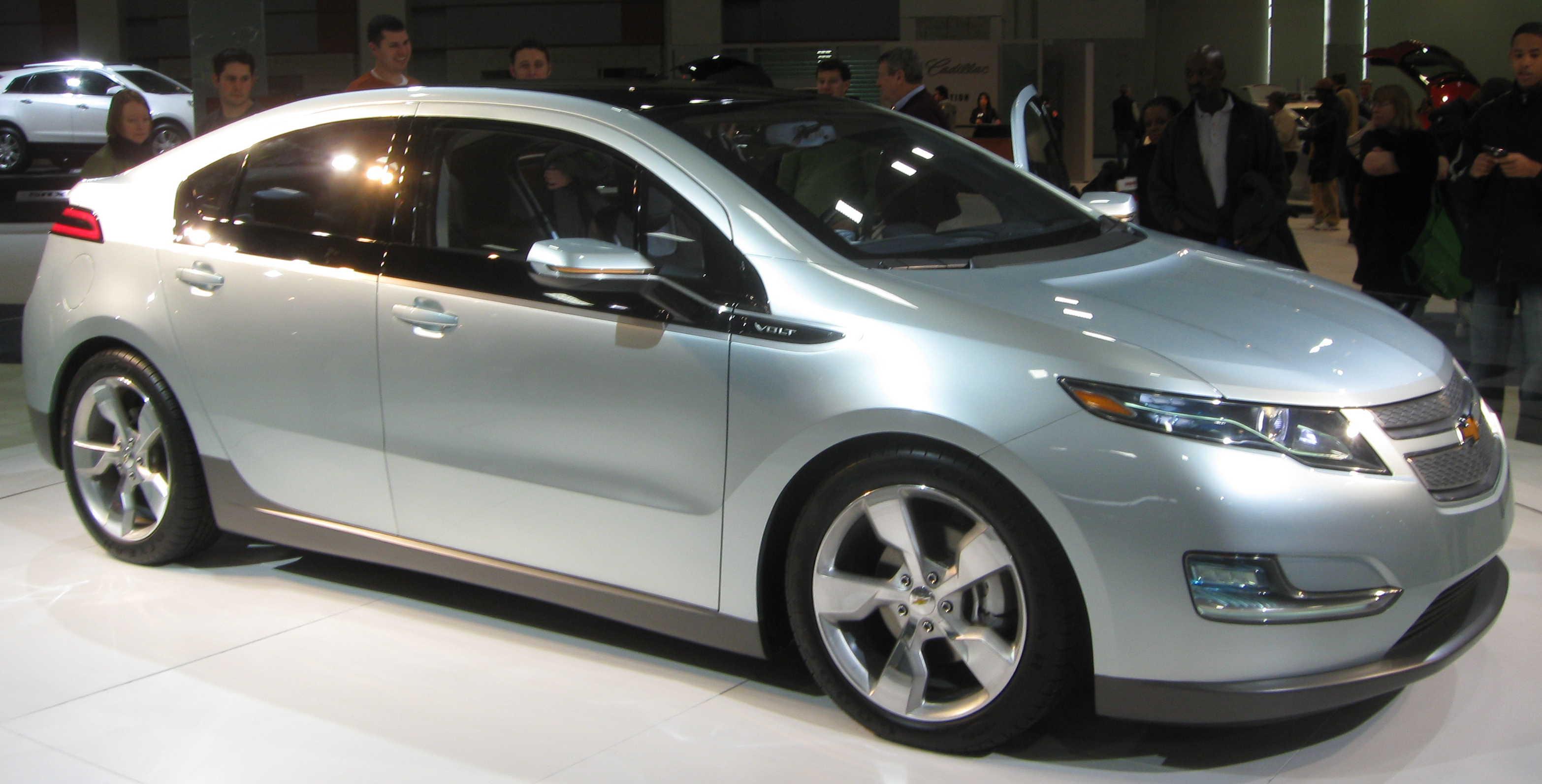 Chevrolet volt photo - 3