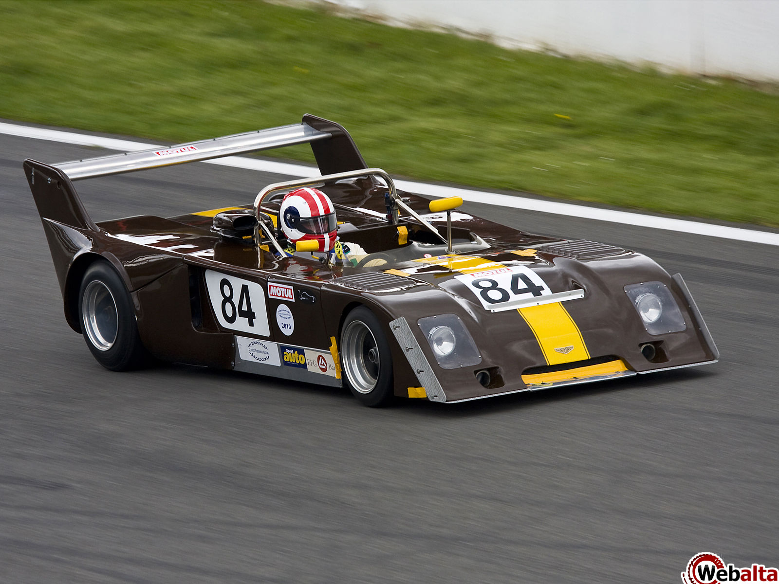 Chevron b photo - 1