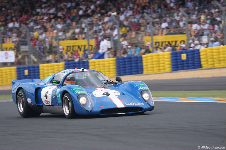 Chevron b16 photo - 4