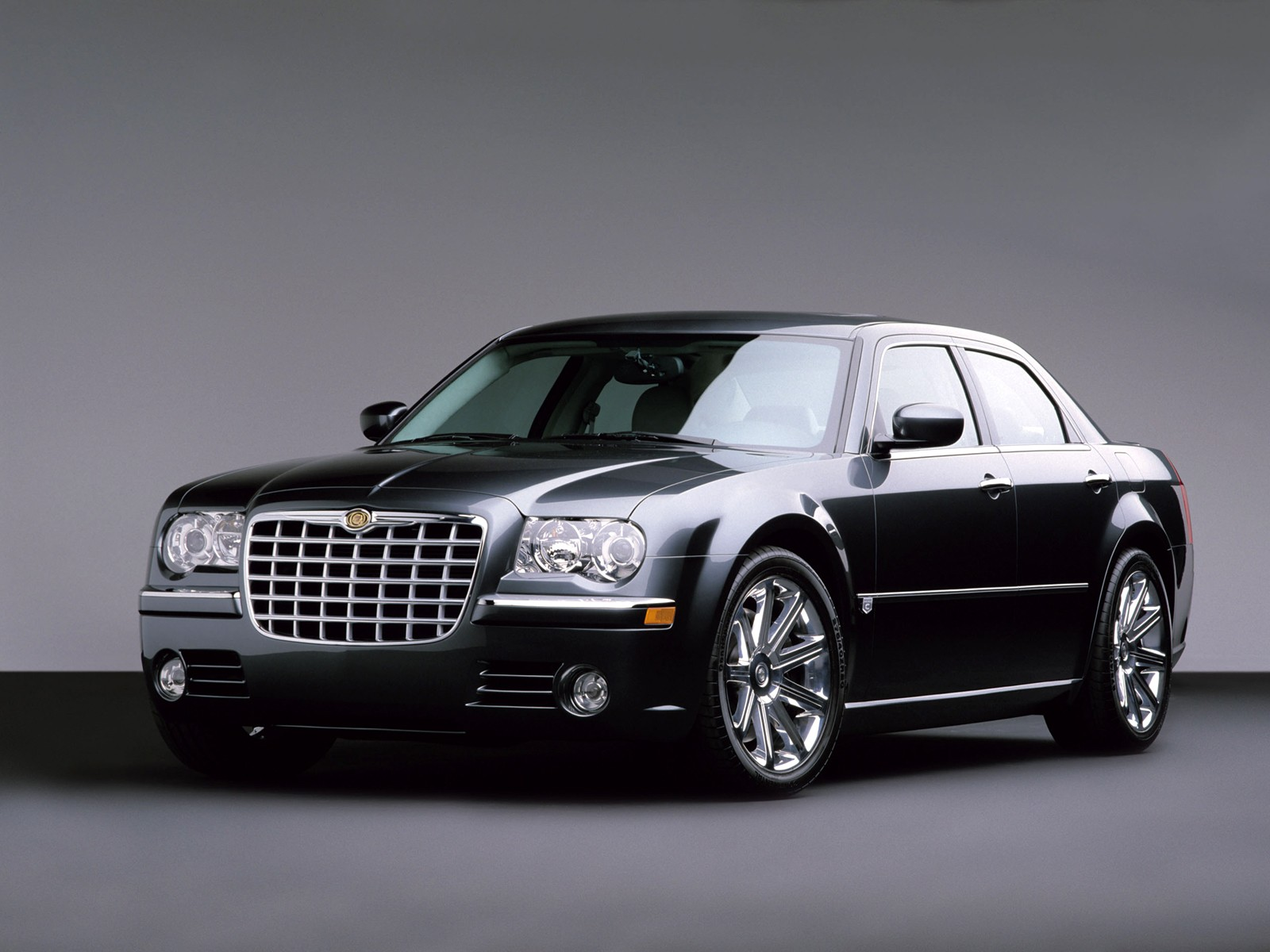 Chrysler 300b photo - 4