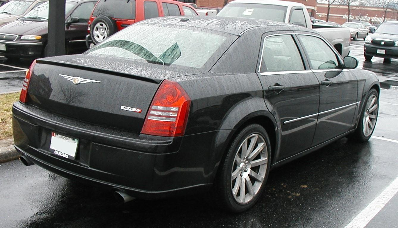 Chrysler 300k photo - 4