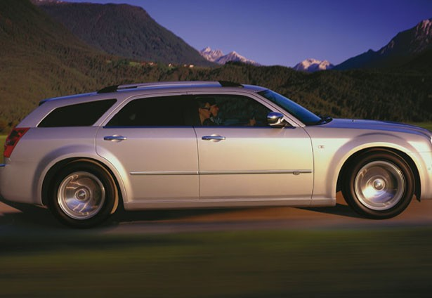 Chrysler tourer photo - 2