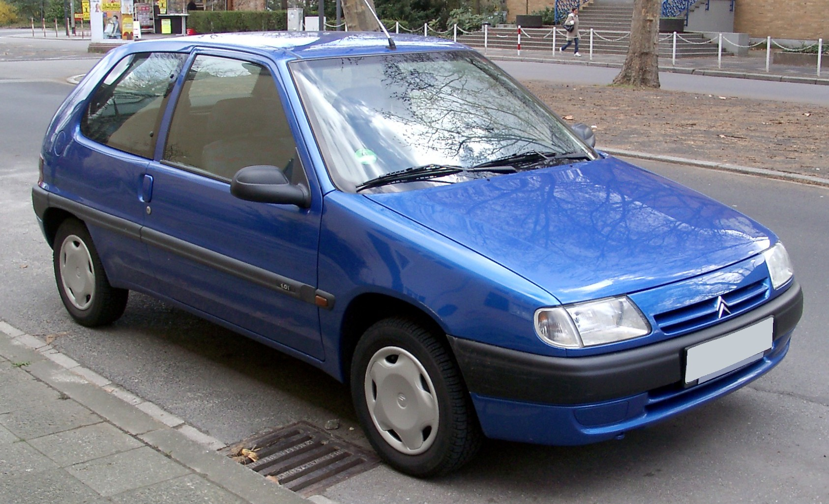 Citroen saxo photo - 1